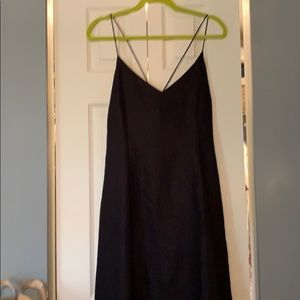 Gorgeous linen dress in size 12 with cross back